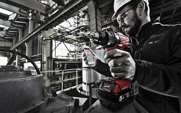 Milwaukee  introduces  integrated tool tracking with digital platform